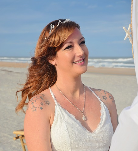 Bride saying vows on Florida beach