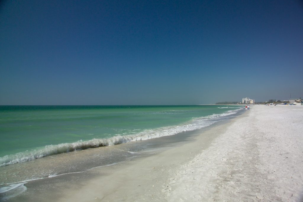 Lido Beach Sarasota shore