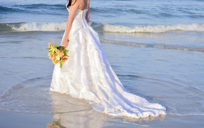 Tips for Choosing a Beach Wedding Dress