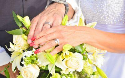 Best Beach Wedding Bouquets