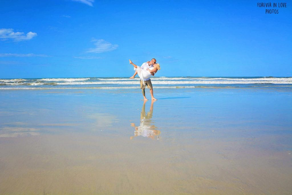 Ponce Inlet Daytona Beach Weddings are the ideal spot for gorgoues wedding photos.