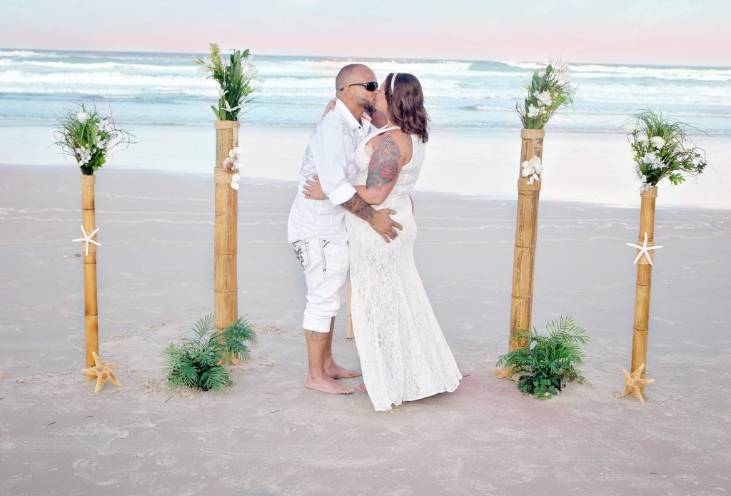 Small Florida beach wedding ceremonies