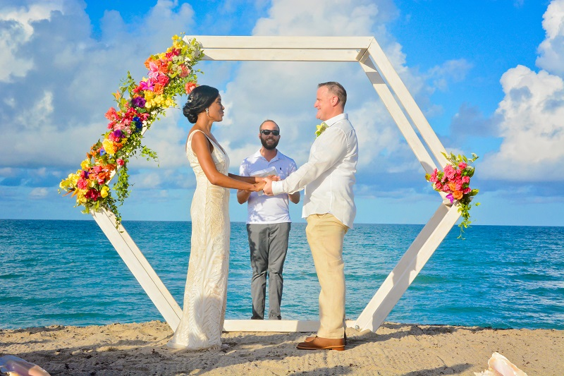 Bride and Groom say I do on a Florida Atlantic beach